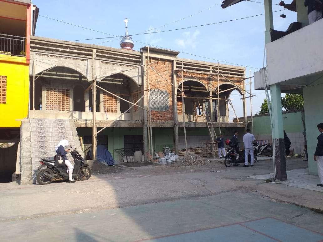 Masjid Arrahmat Didirikan Dengan Dana Koropak Siswa SMK PARINDO Cicurug