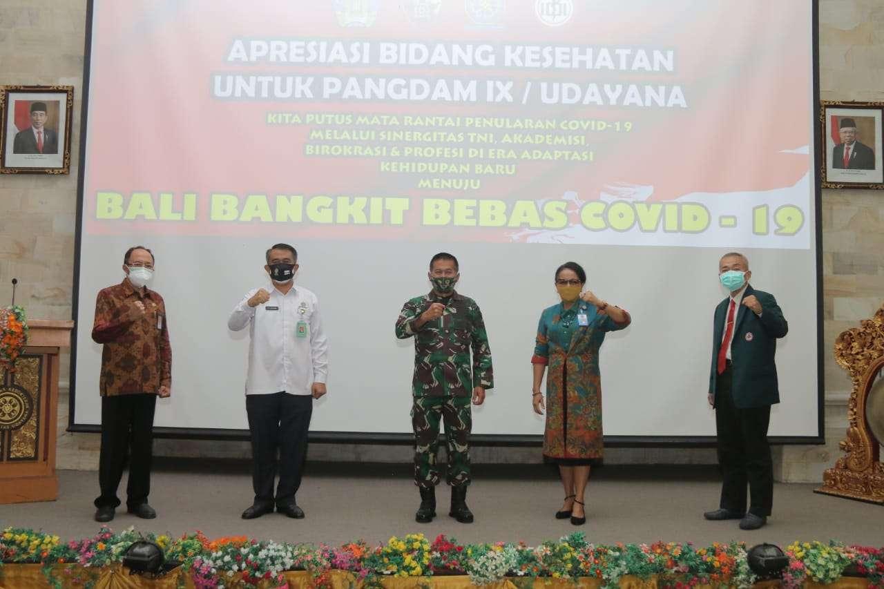 Pangdam IX/Udayana Terima Apresiasi dan Penghargaan Bidang Kesehatan