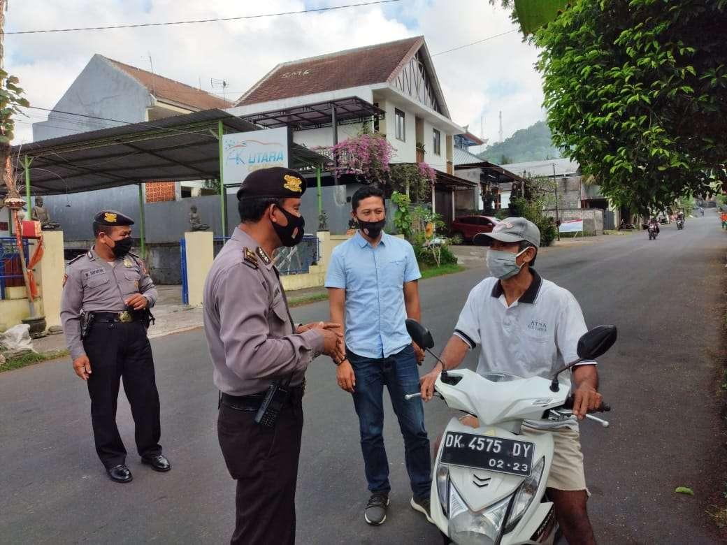 Polsek Bangli Gencar Lakukan Operasi Yustisi Penegakan Hukum Protokol Kesehatan Di Jalan Kapten Mudita