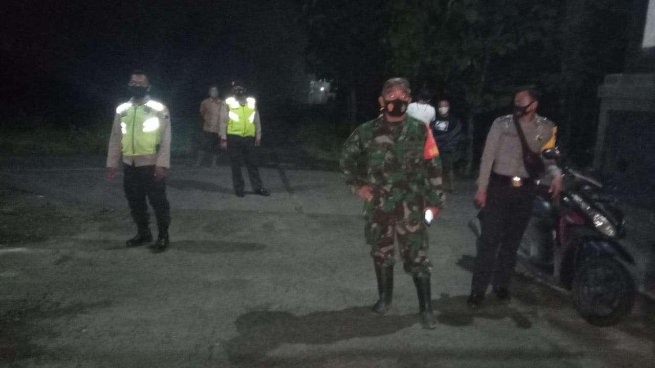 Peduli Covid 19 TNI-Polri Kawal Pemakaman Protokoler Sampai Usai
