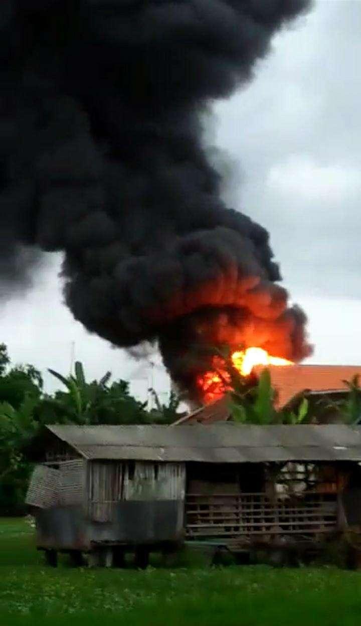 Gudang BBM Serta Rumah Ludes Terbakar Akibat Konsleting Listrik